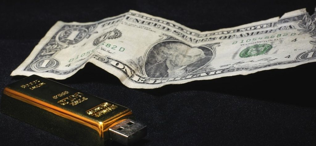 pendrive con billete de 1 dolar